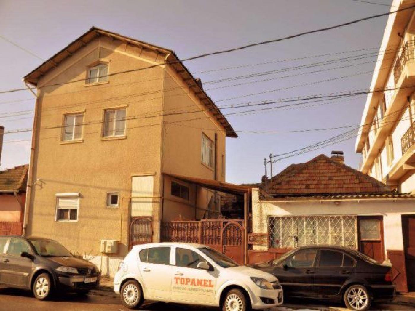 Constanta,Constanta,Romania,4 Bedrooms Bedrooms,5 Rooms Rooms,2 BathroomsBathrooms,Casa / vila,2100