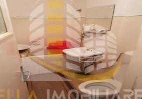 Botosani, Botosani, Romania, 2 Bedrooms Bedrooms, 3 Rooms Rooms,1 BathroomBathrooms,Apartament 3 camere,De vanzare,2386
