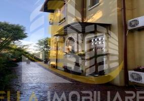 Centru, Constanta, Constanta, Romania, 5 Bedrooms Bedrooms, 8 Rooms Rooms,4 BathroomsBathrooms,Casa / vila,De vanzare,3280