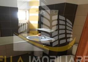 Zona Piata Mare, Botosani, Botosani, Romania, 3 Bedrooms Bedrooms, 4 Rooms Rooms,1 BathroomBathrooms,Apartament 4+ camere,De vanzare,4,3834